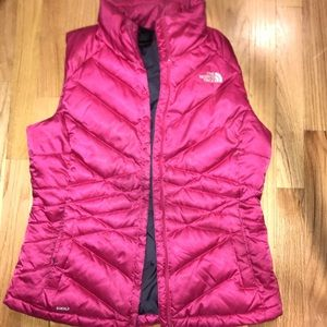 Used north face pink vest 550